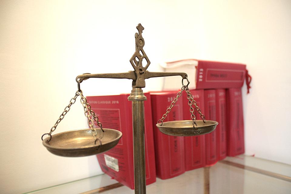 La multiplication des lois opprime les plus faibles