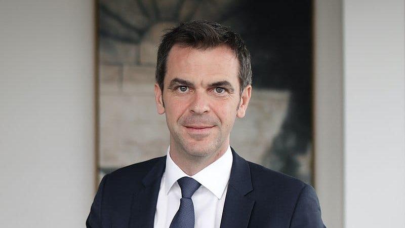 Le ministre de la Santé réagit à notre analyse des effets des confinements