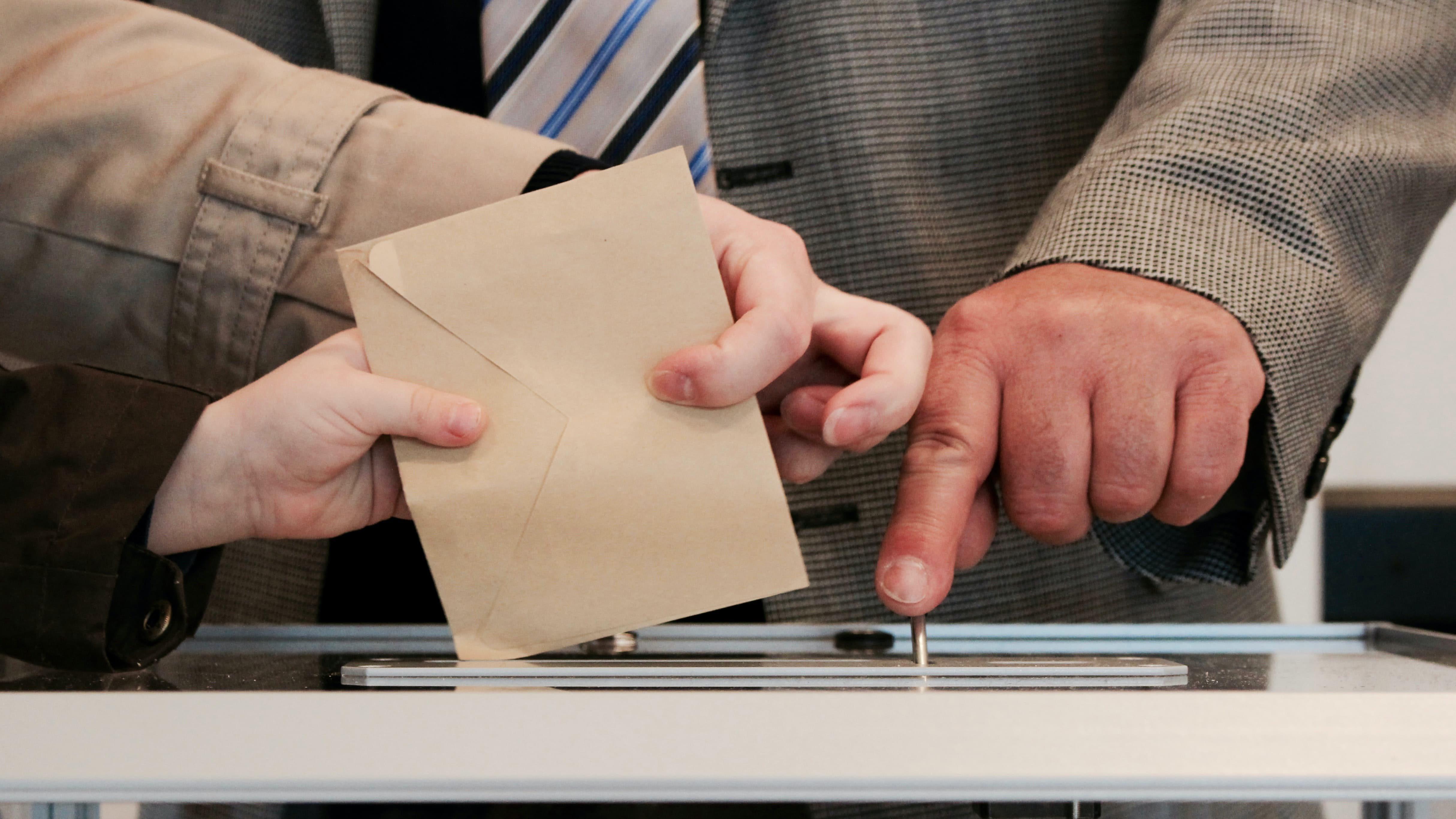 Élections : et si on supprimait les sondages ?